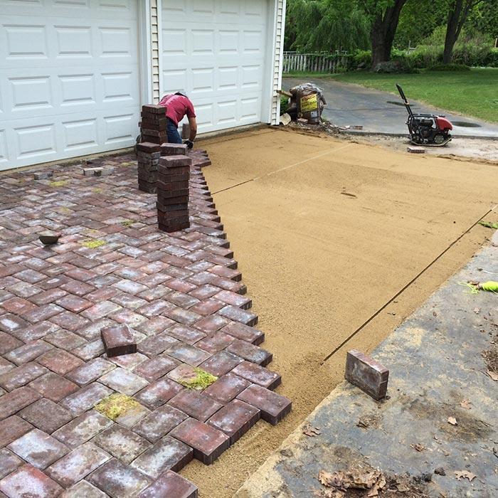 paver driveway hardscape
