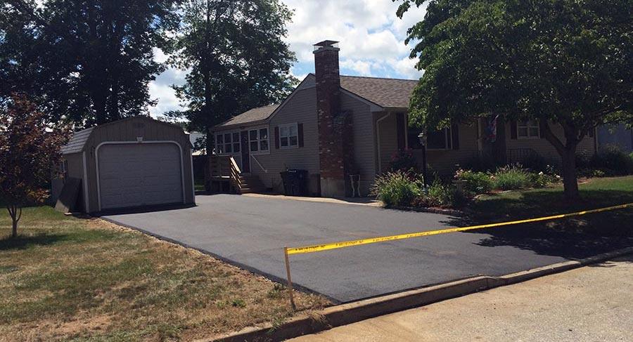 driveways-asphalt-gravel